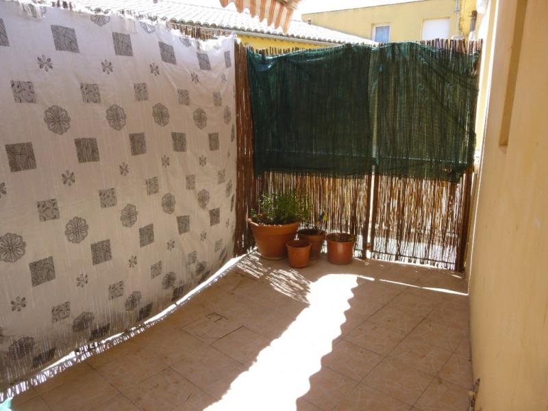 Sale apartment Nimes 140000€ - Picture 2