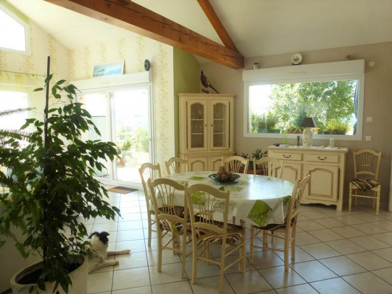 Vente maison / villa La tour du pin 295 000€ - Photo 4