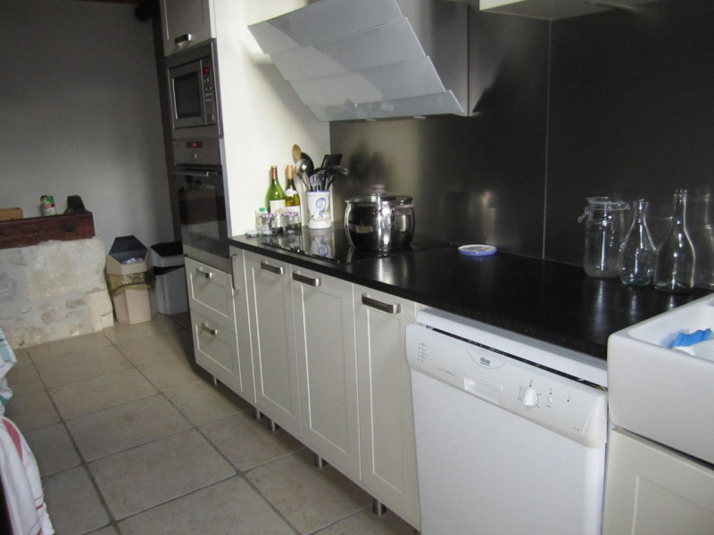 Sale house / villa Barbezieux-saint-hilaire 254000€ - Picture 6