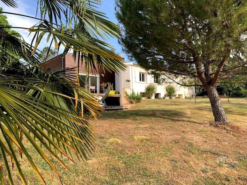 Deluxe sale house / villa Nouaille maupertuis 561600€ - Picture 2