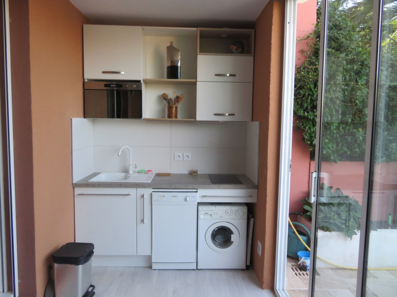 Location vacances appartement Bandol 390€ - Photo 3