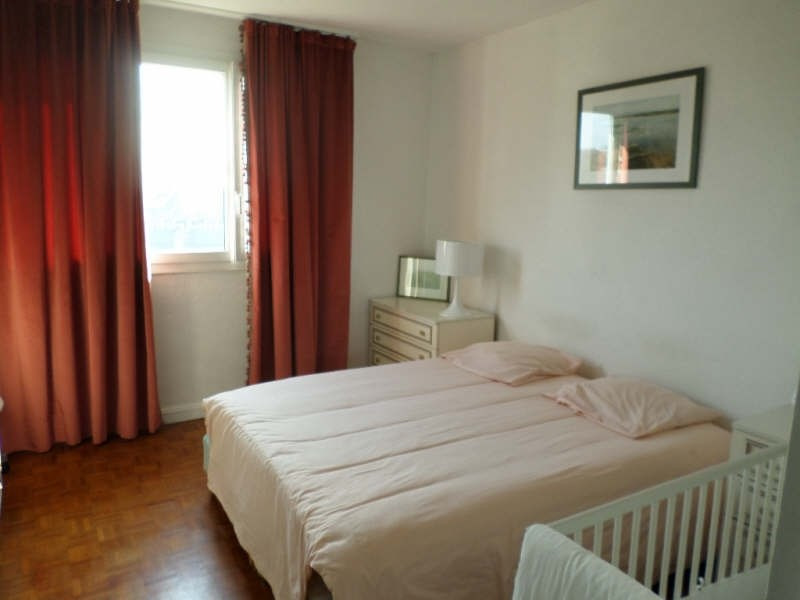 Sale apartment La celle st cloud 310 000€ - Picture 2