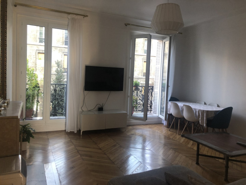 Sale apartment Paris 10ème 865 000€ - Picture 3