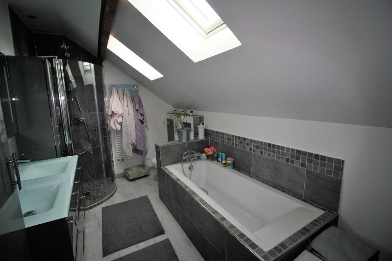 Sale house / villa Conflans sainte honorine 594000€ - Picture 11