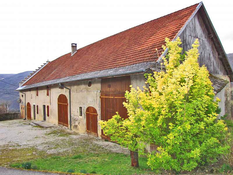 Sale house / villa Crempigny bonneguete 357000€ - Picture 1