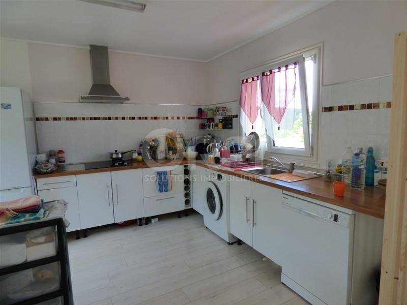 Vente maison / villa Charleval 164000€ - Photo 3
