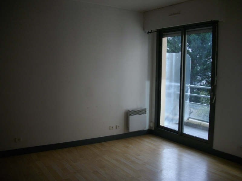 Rental apartment Croissy sur seine 715€ CC - Picture 2