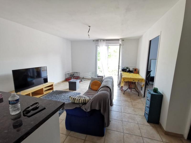 Location appartement Calas 750€ CC - Photo 2
