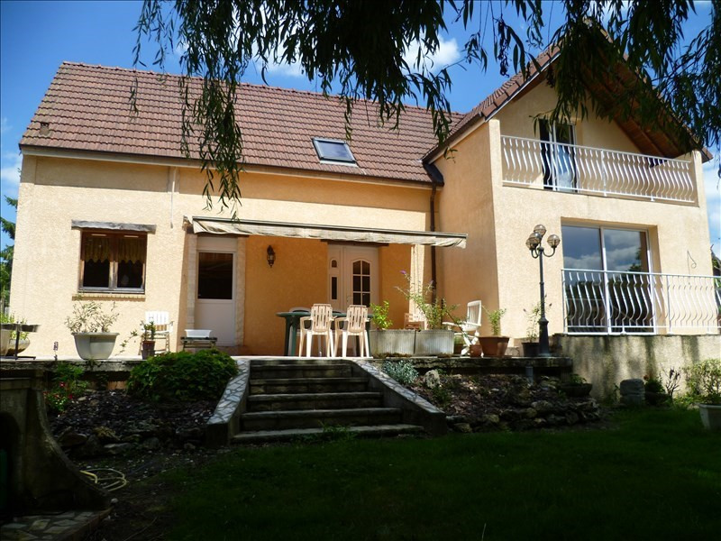 Sale house / villa Mouroux 280 000€ - Picture 1