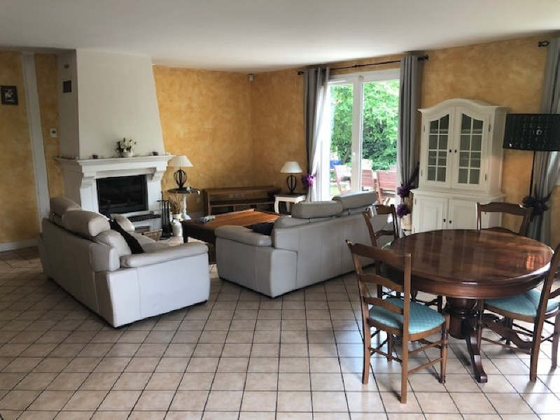 Sale house / villa Marolles en brie 427000€ - Picture 4