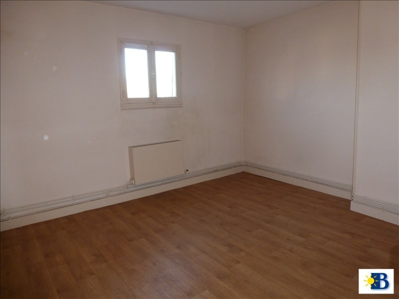 Location appartement Chatellerault 272€ CC - Photo 1