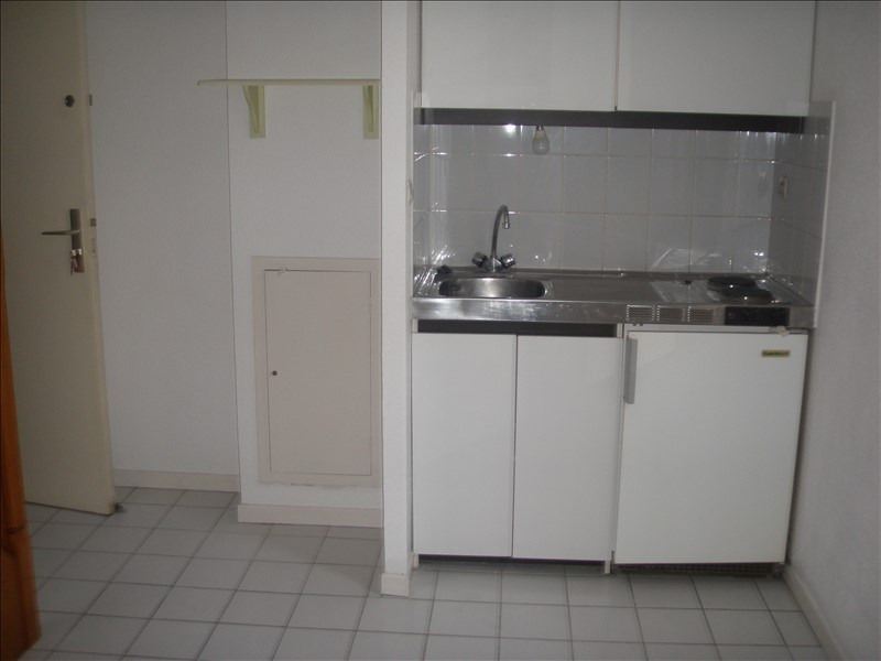 Rental apartment Port vendres 419€ CC - Picture 2