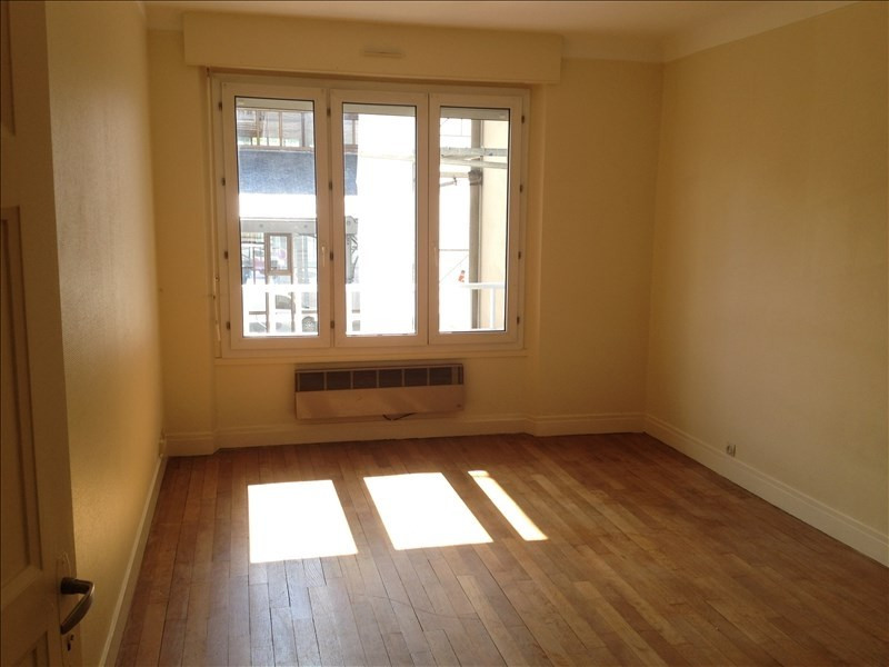 Rental apartment Vendome 440€ CC - Picture 4