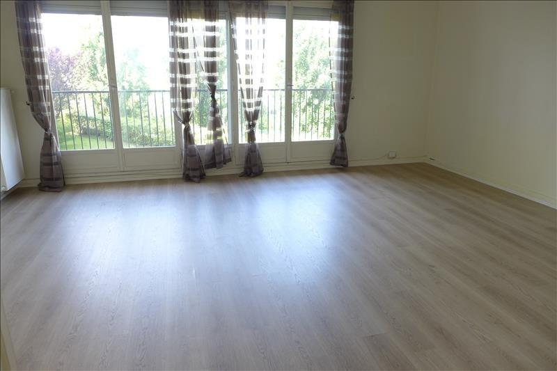 Sale apartment Vaucresson 365000€ - Picture 2