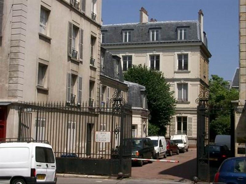 Location appartement Versailles 906€ CC - Photo 1