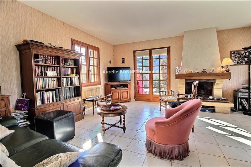 Deluxe sale house / villa Tourgeville 572400€ - Picture 1