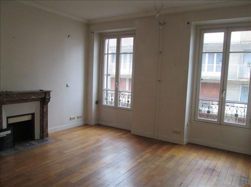 Rental apartment Versailles 960€ CC - Picture 1