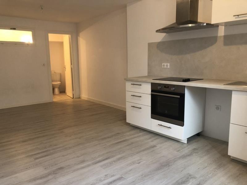Rental apartment Vienne 370€ CC - Picture 1