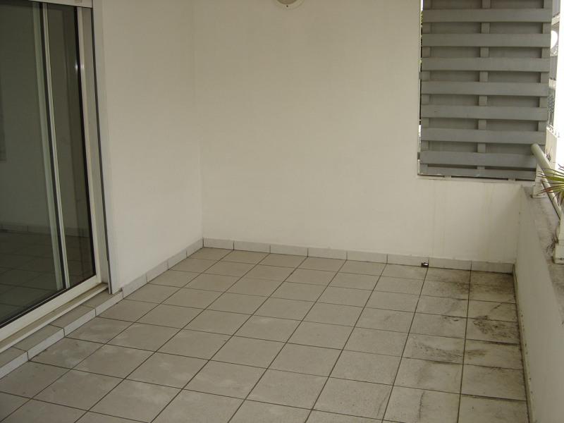 Location appartement Sainte clotilde 650€ CC - Photo 2