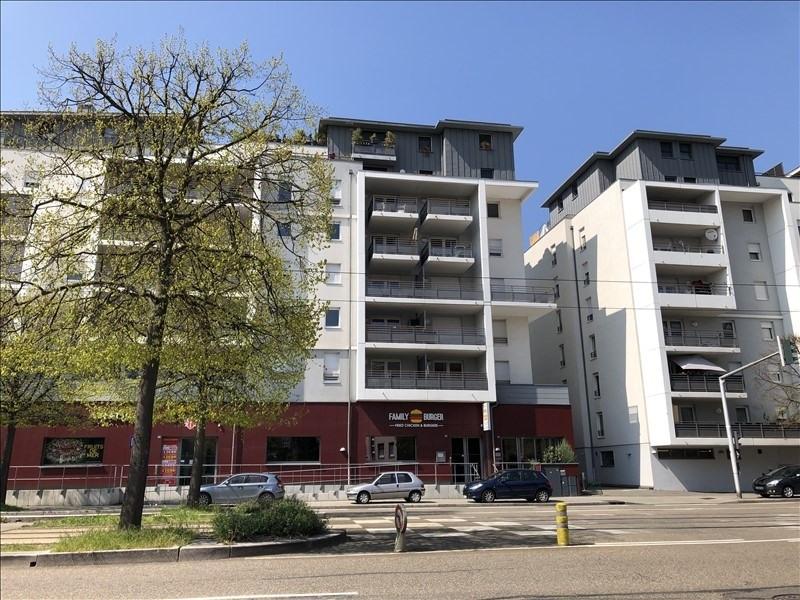 Rental apartment Strasbourg 986€ CC - Picture 1