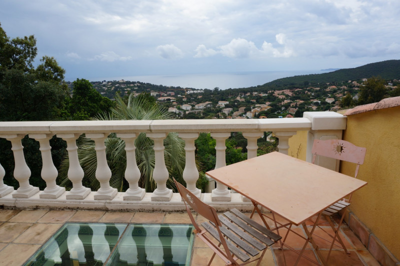 Vacation rental house / villa Cavalaire sur mer 1 600€ - Picture 19