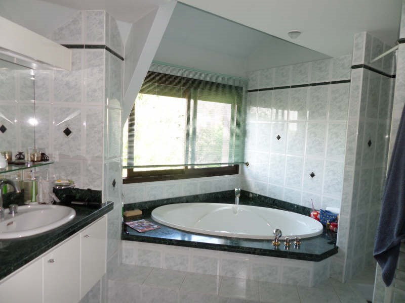 Deluxe sale house / villa Louveciennes 1375000€ - Picture 11