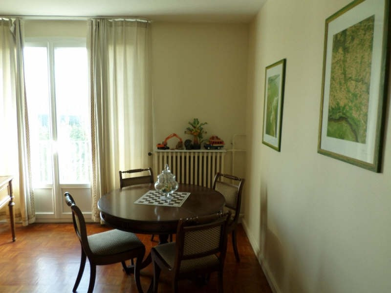 Sale apartment La celle st cloud 310 000€ - Picture 3