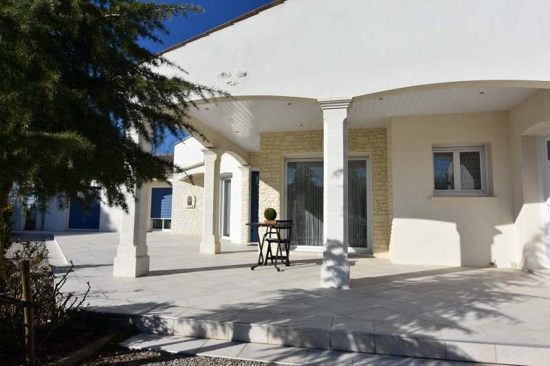 Deluxe sale house / villa Etaules 624000€ - Picture 1