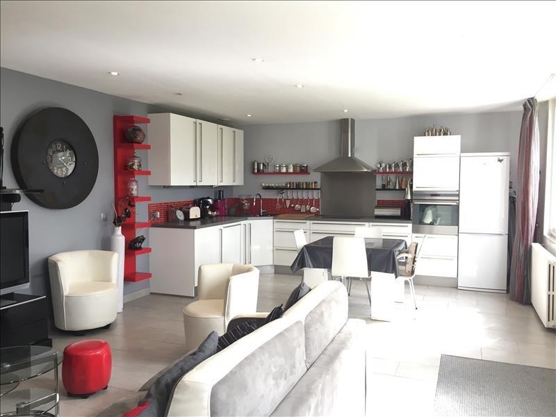 Sale house / villa Yenne 180000€ - Picture 2