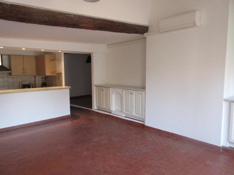 Location appartement Aix en provence 1 050€ CC - Photo 6