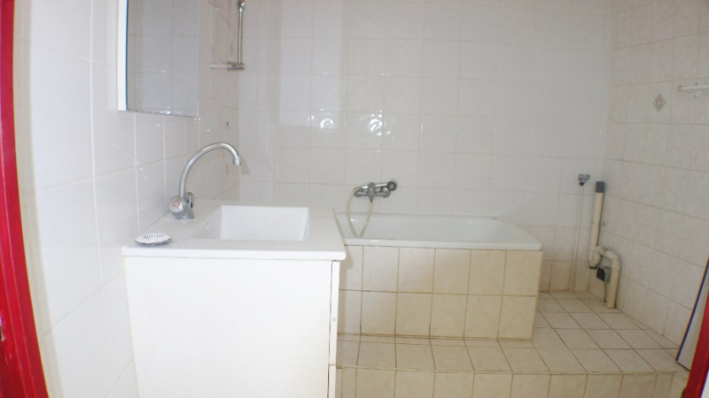 Location appartement Toulon 499€ CC - Photo 4