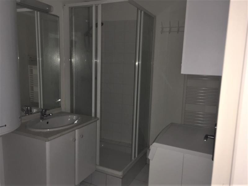 Location appartement Quimperle 425€ CC - Photo 3
