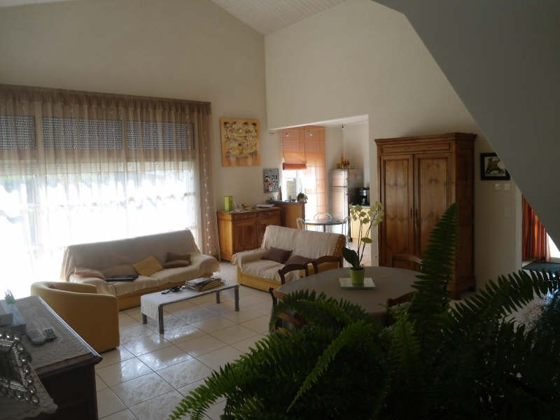 Vente maison / villa St vincent sur jard 374 000€ - Photo 9