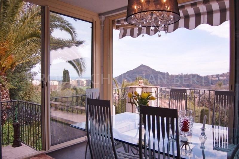 Vente de prestige maison / villa Mandelieu 1450000€ - Photo 2