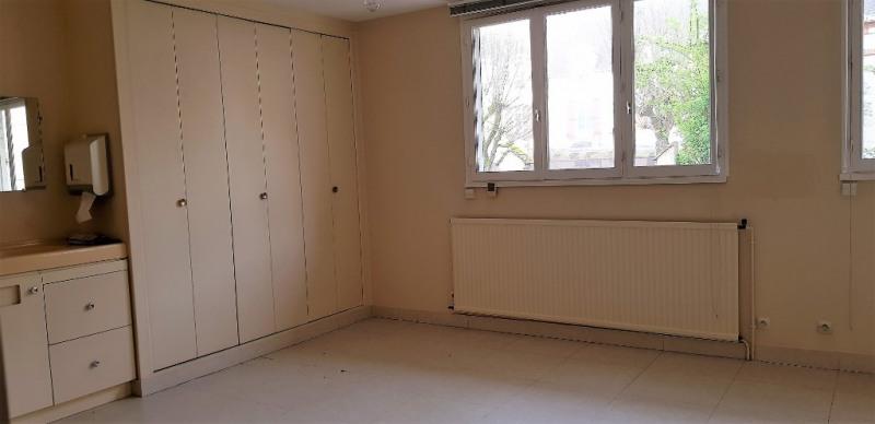 Sale apartment Montargis 85395€ - Picture 3