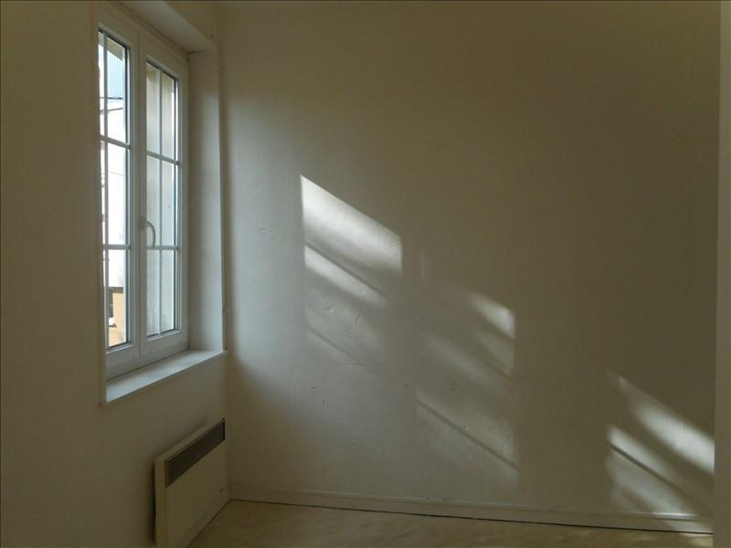 Rental apartment Fauville en caux 299€ CC - Picture 2