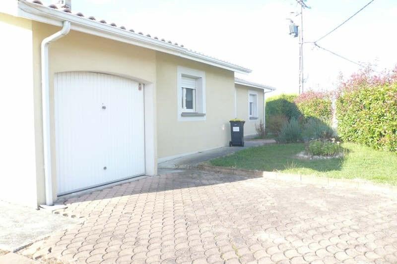 Location maison / villa St andre de cubzac 870€ CC - Photo 8