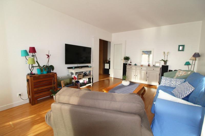 Sale apartment Maurepas 211000€ - Picture 2