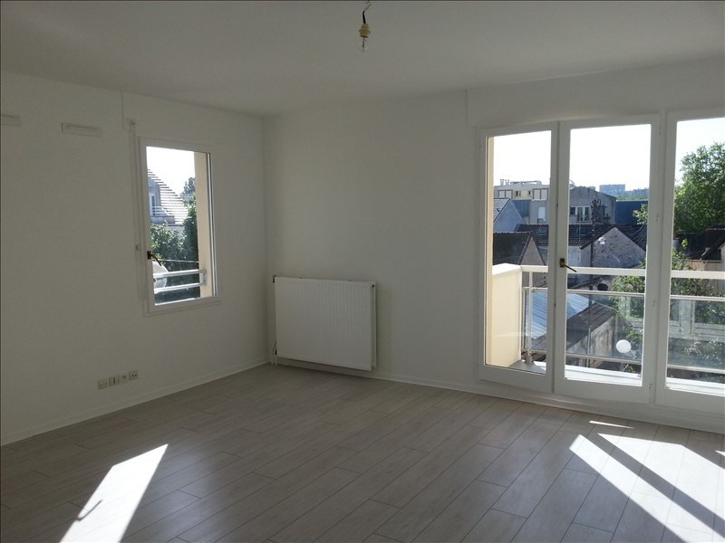 Location appartement Savigny sur orge 916€ CC - Photo 2