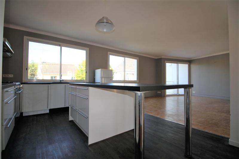 Sale apartment Lorient 151230€ - Picture 1