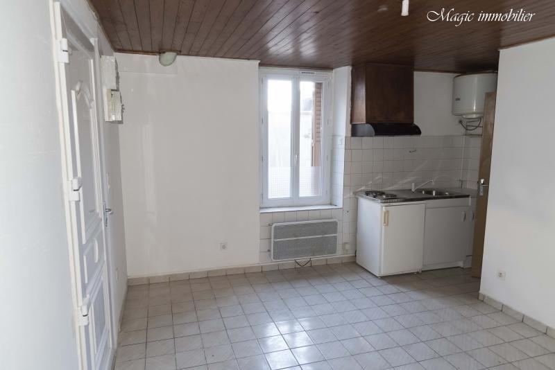 Location appartement Oyonnax 200€ CC - Photo 1