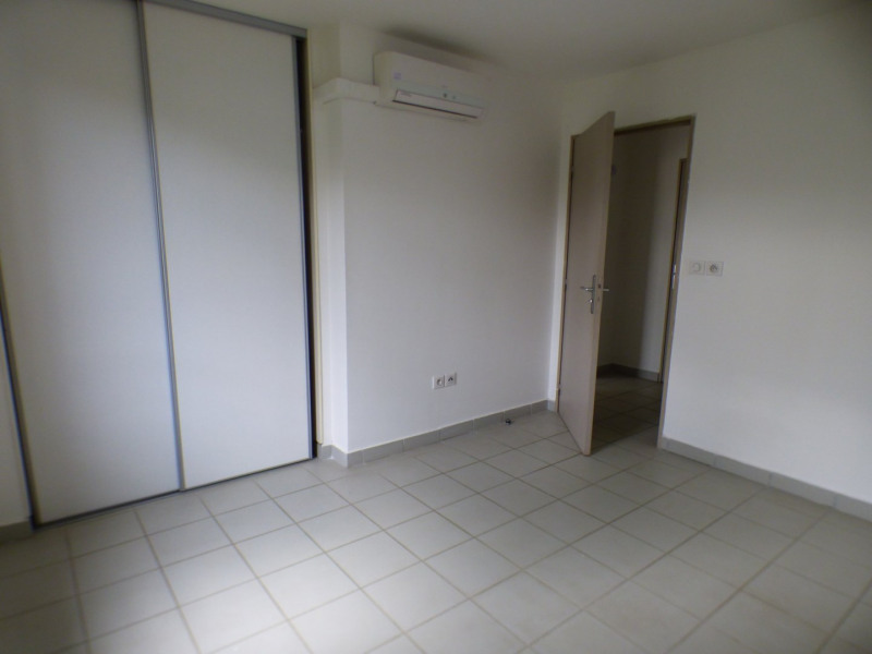 Sale apartment St pierre 119900€ - Picture 5