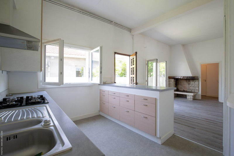 Sale house / villa Pessac 278900€ - Picture 2