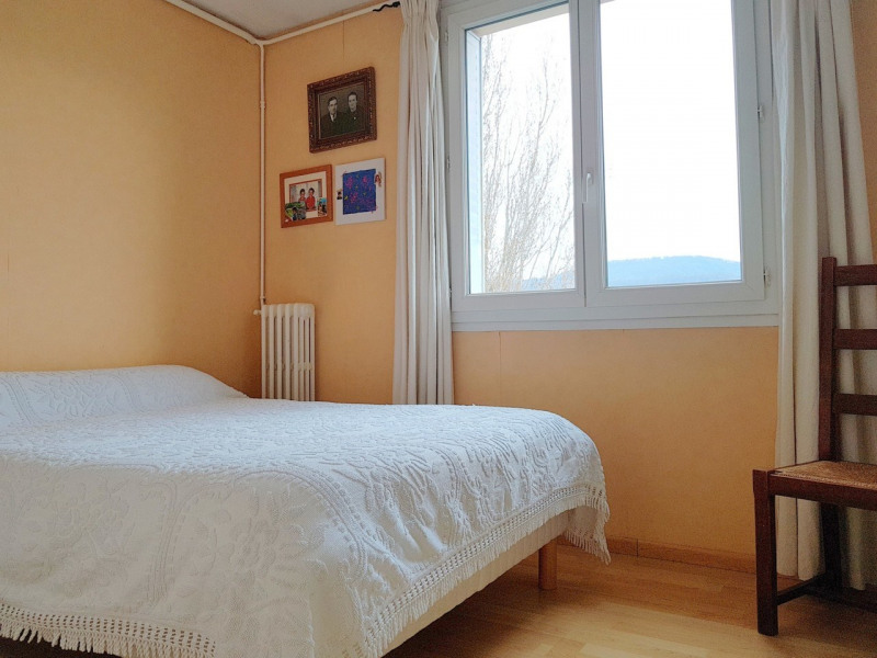 Sale apartment Eybens 110 000€ - Picture 3