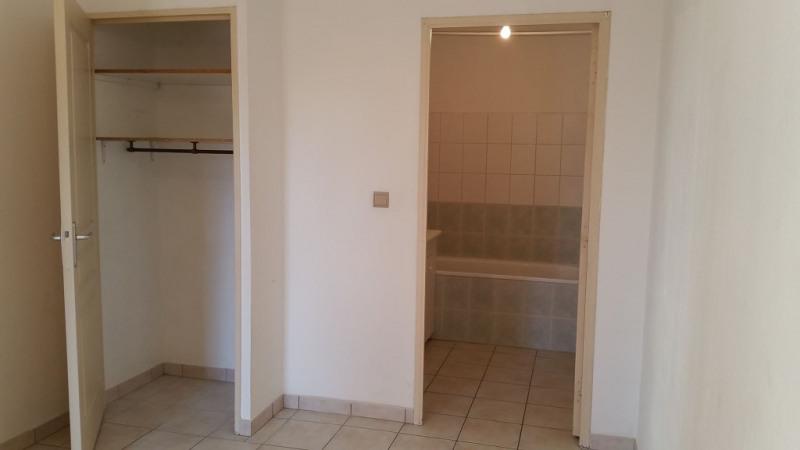 Sale apartment Salon de provence 135000€ - Picture 3
