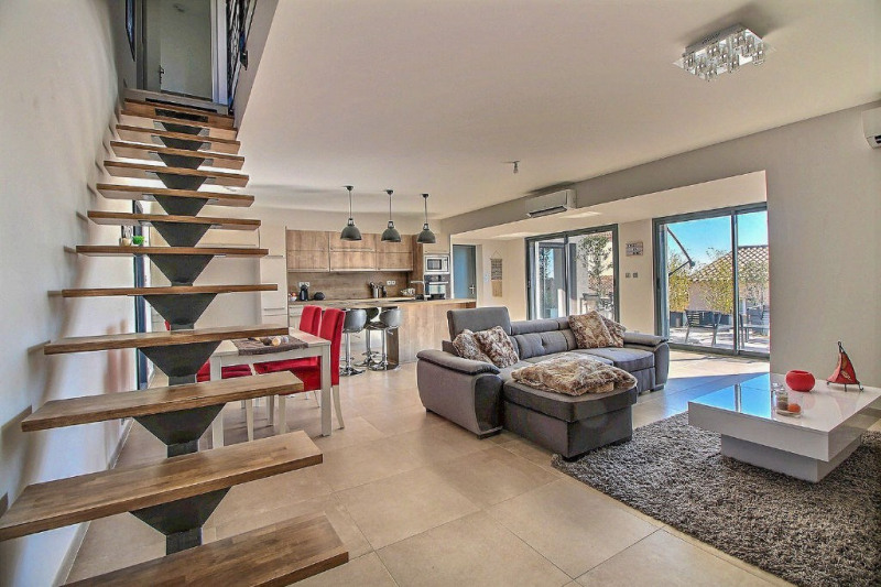 Vente maison / villa Bellegarde 325000€ - Photo 2