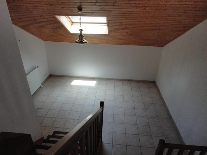 Location maison / villa Claix 1 525€ CC - Photo 6