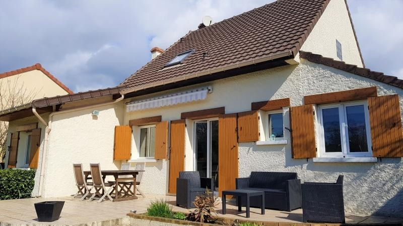 Vente maison / villa La queue en brie 440 000€ - Photo 2