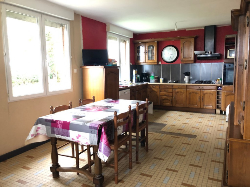 Sale house / villa Craon 66 000€ - Picture 2