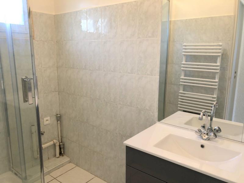 Location appartement Les milles 1069€ CC - Photo 9